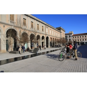 Piazza Indipendenza - Giorgio Onor